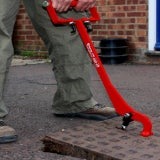 Mustang Tools Eazy-Lift Manhole Cover Lifter